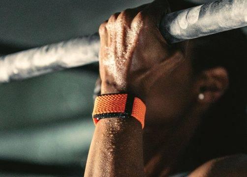 Hoe boek je sneller progressie met behulp vanhartslagvariabiliteit (HRV) en de WHOOP Fitness Tracker